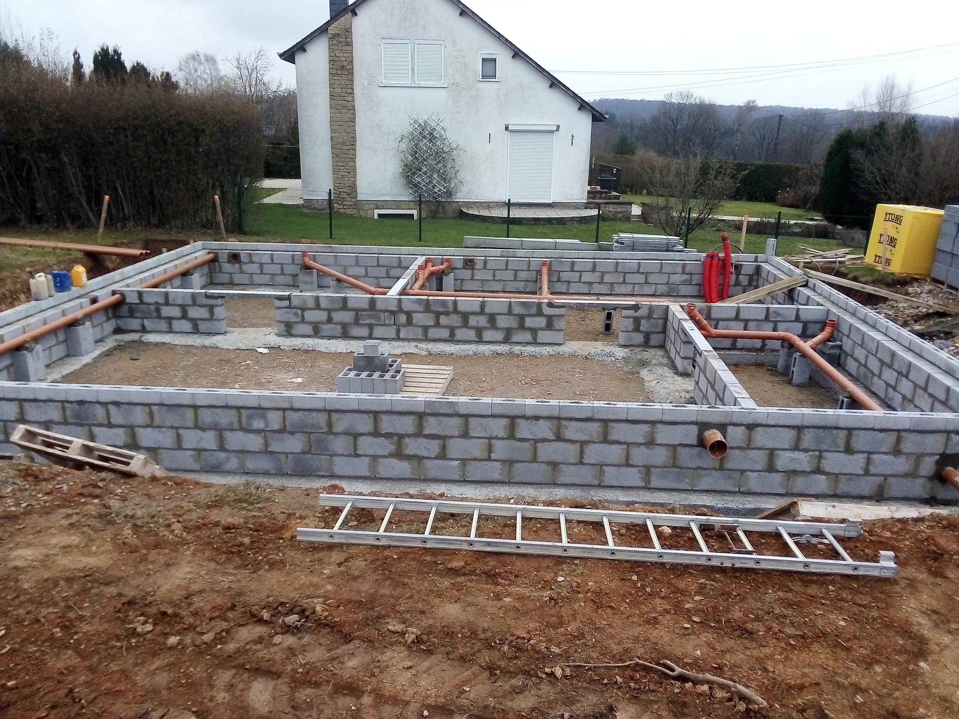 construction d'une maison à chiny
